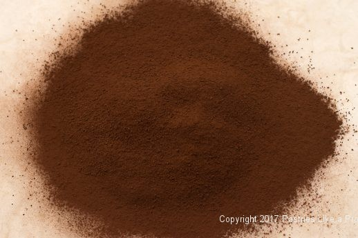 Sifted cocoa for Cocoa Fundamentals Natural vs. Dutched