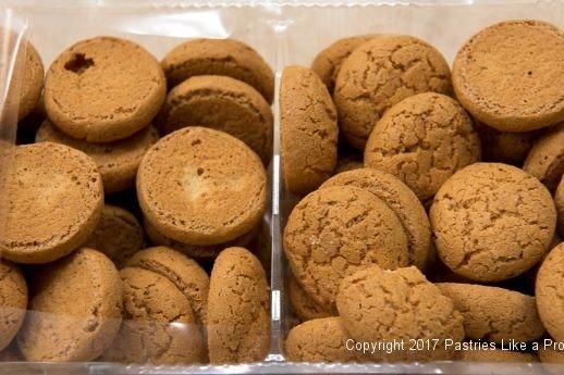 Amaretti Cookies for the White Wine Amaretto Peach Sauce